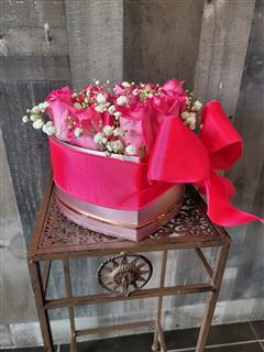 Platinum Pink Heart Box