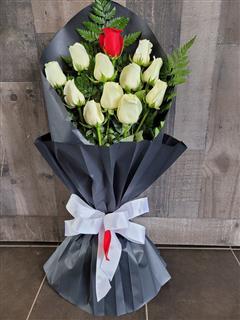Black Beauty Dozen Roses