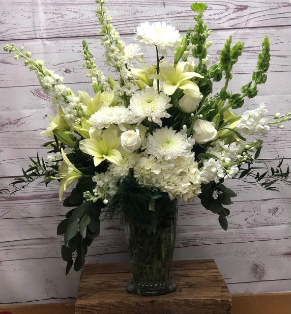 G & D Signature Sympathy: Classic White Arrangement in Urn Vase
